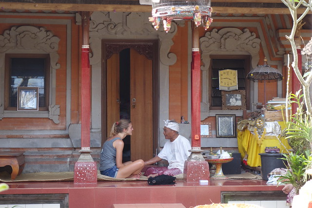 Ketut Liyer with a French tourist - Ubud, Bali