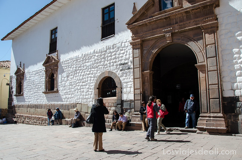 entrada del koricancha en Cuzco