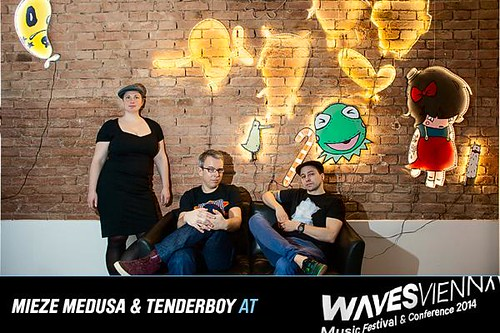 mieze medusa & tenderboy @ Waves Vienna 2014