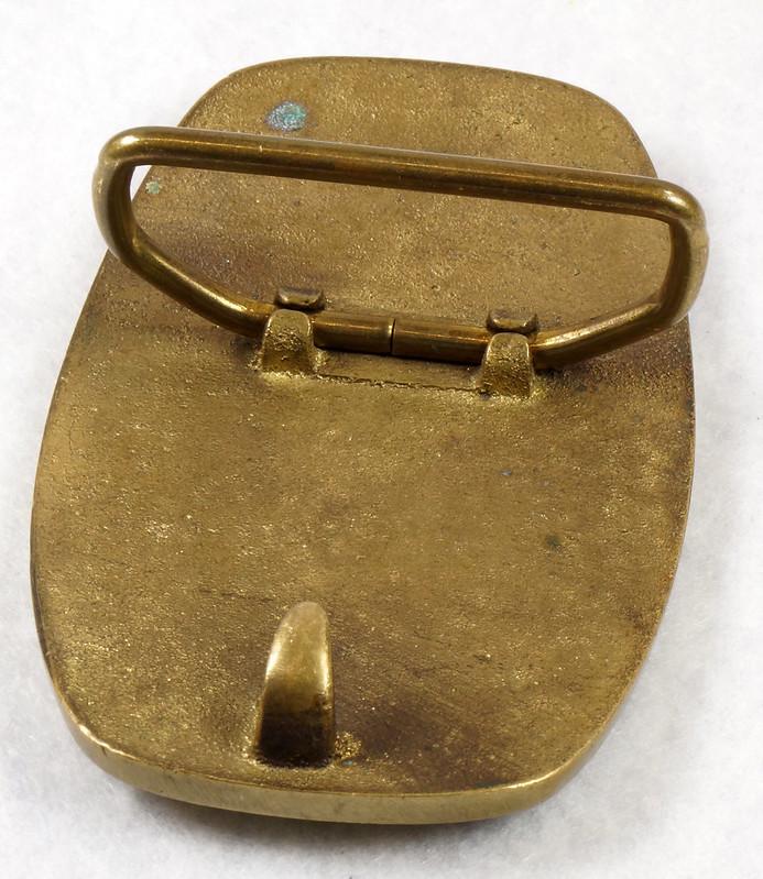RD15316 Vintage Eskimo Pie Brand Brass Belt Buckle Advertising DSC09224