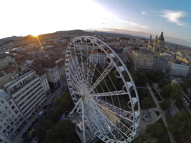 Ferris Wheel in Budapest 2014 til September, Photo by kallopeter.hu