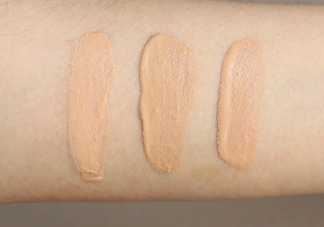 swatch and review of Clarins BB Skin Perfecting Cream
