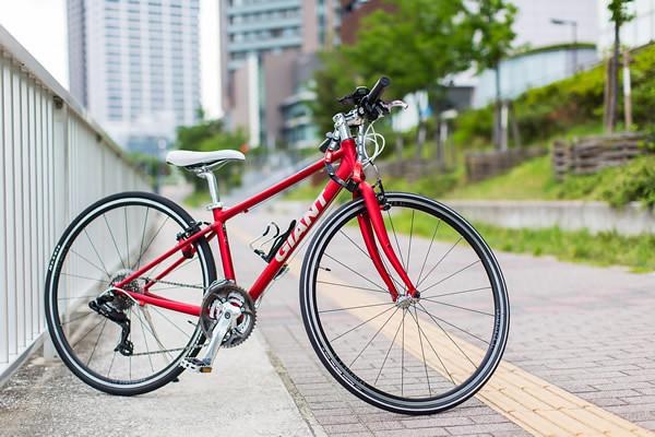 06_赤い自転車のイメージ