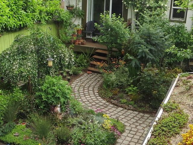 Chickadee Gardens (1280x960)