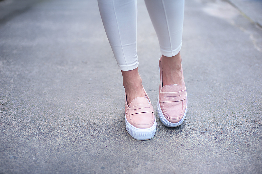fashion_blogger_ukraine_art_prints_trends_outfit_pastel_bag_total_white_6