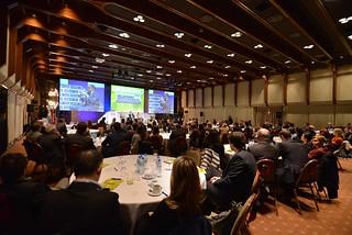 Transparencia y profesionalizar la gestión de los asuntos públicos empresarios