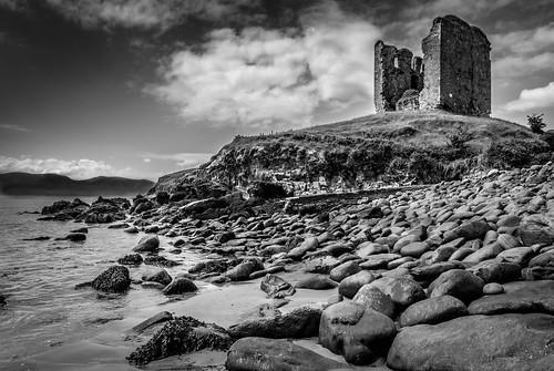 ireland bw storm castle beach water country dingle kerry peninsula minard