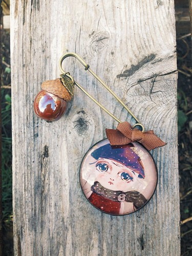 chestnut girl brooch