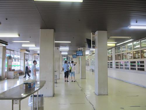 佐賀競馬場スタンド