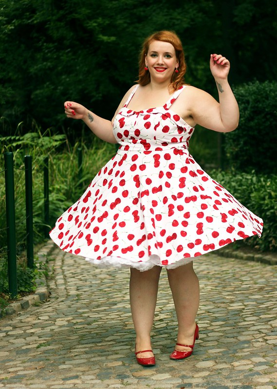 cherry pin-up13