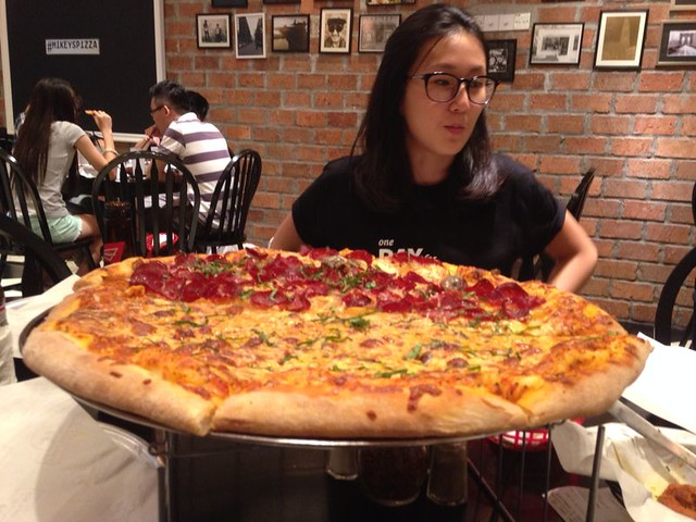 6. nicole and pizza