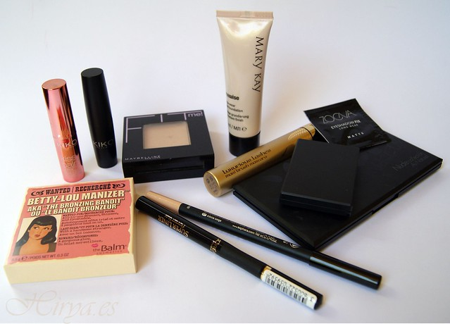 Neceser de Viaje: The balm / Kiko / Au Naturel Sleek / Fit me Maybelline