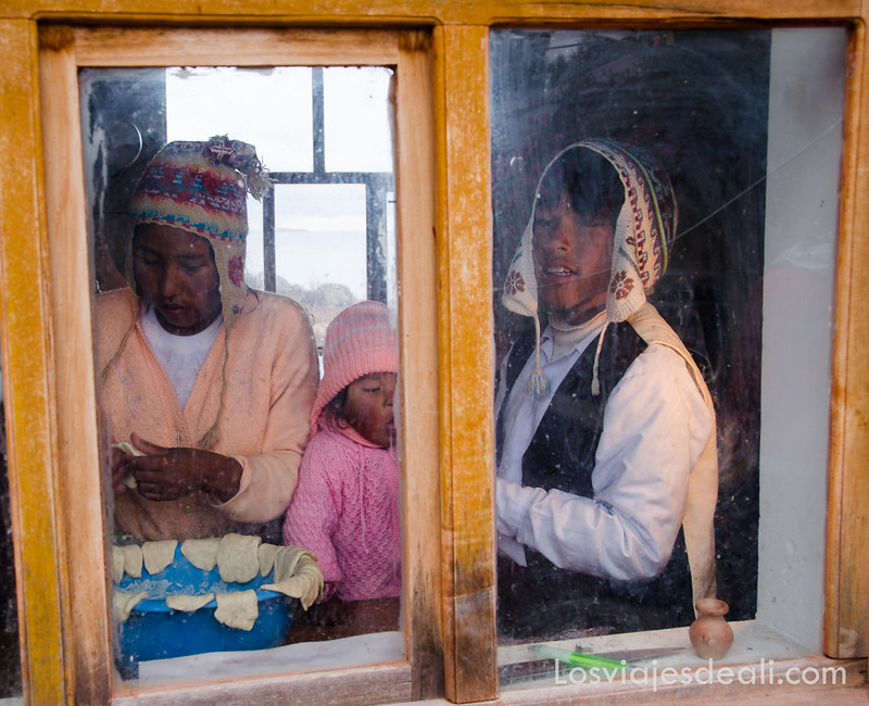 desayuno con la Comunidad Llachón en la Península de Capachica