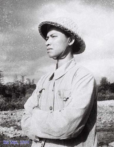Nỗi buồn những tháng năm gia đình gặp đại họa CCRĐ(TrênTrận địa Cao xạ pháo ngoại thành Hà Nội).