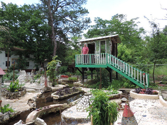 Howard Finster 39 S Paradise Garden Paradise Garden Summervi Flickr Photo Sharing