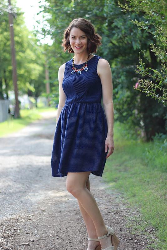 blue-dress-blue-orange-necklace-2