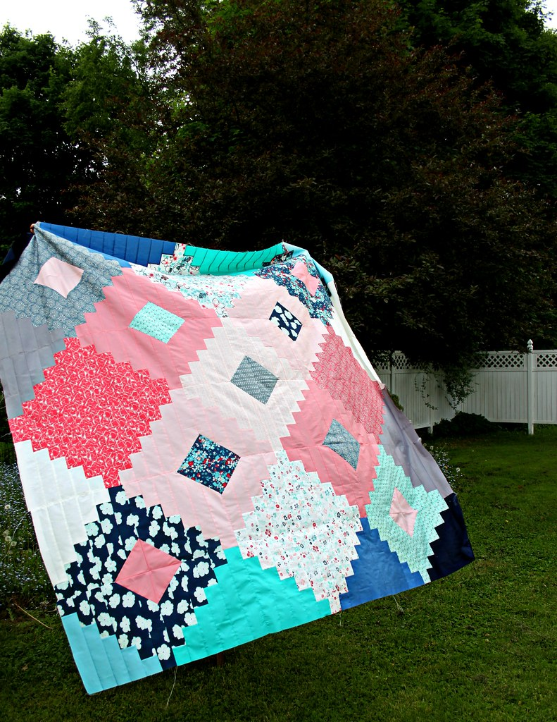 A Friendship Diamond Quilt Top!