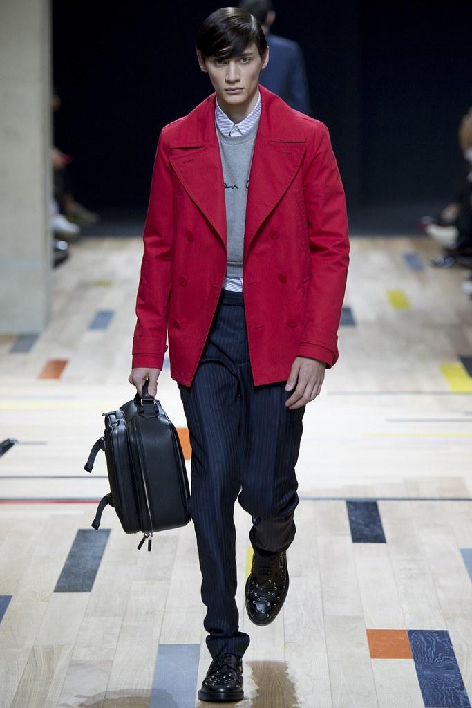 SS15 Paris Dior Homme016_Timur Simakov(VOGUE)
