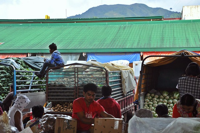 La Trinidad  Vegetable Market 5