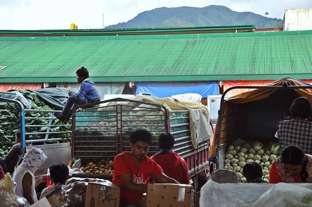 La Trinidad  Vegetable Market 5