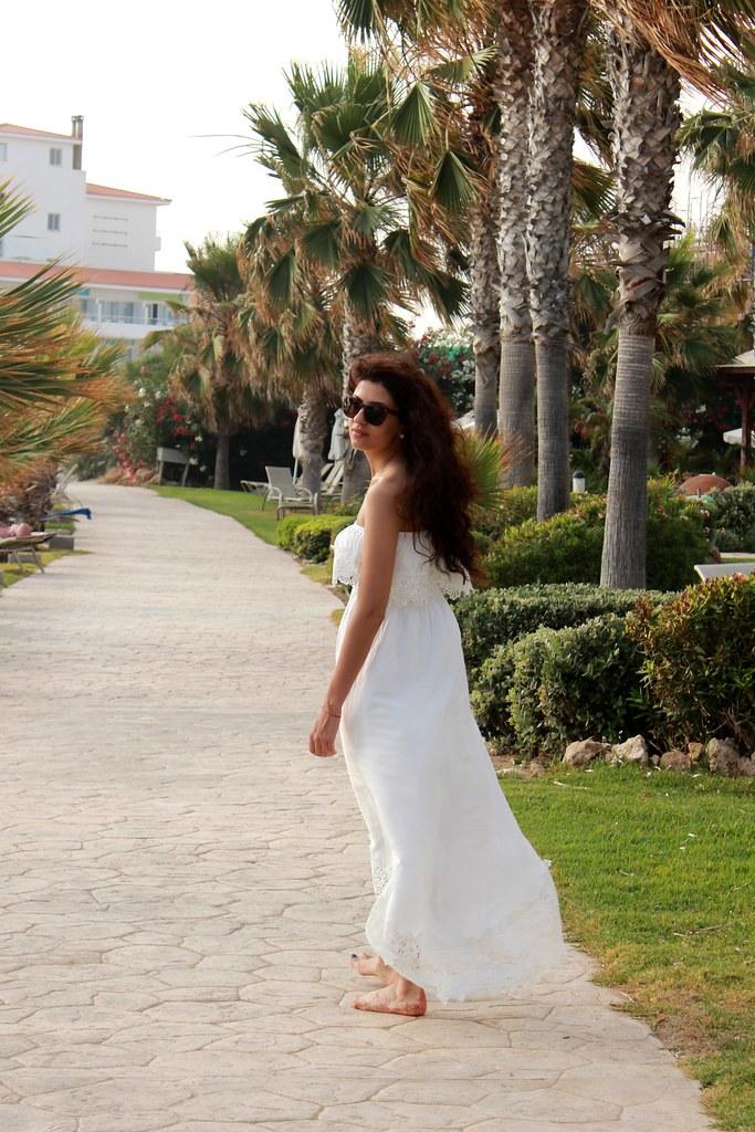 whitedress10