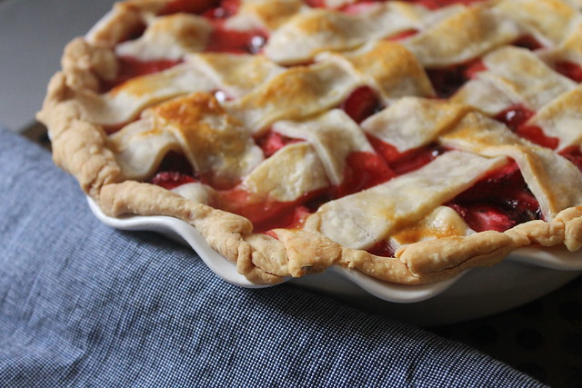 Strawberry basil lattice pie