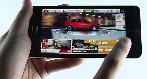So sánh HTC Desire 616 và ZenFone 5 - 28371