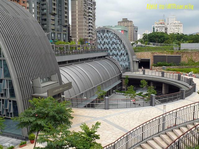 2014 0815捷運大安森林站001
