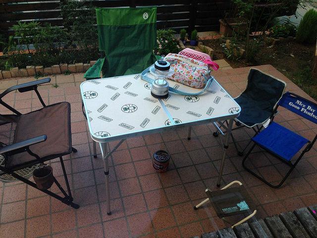 テーブル椅子の準備