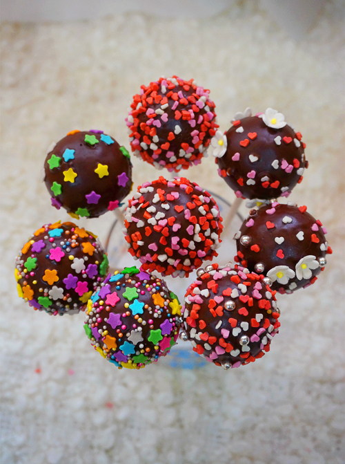 Cake Pops Using Mould Recipe