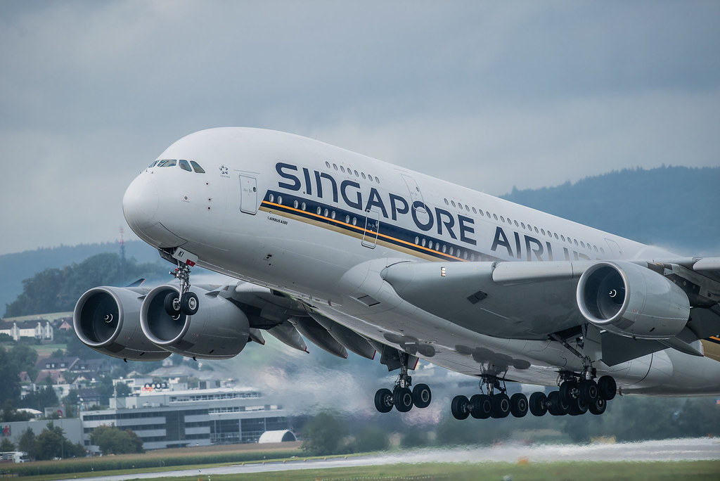Singapore Airlines A380 leaving