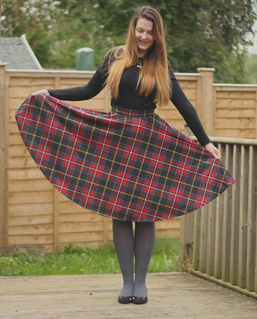 Full tartan midi skirt