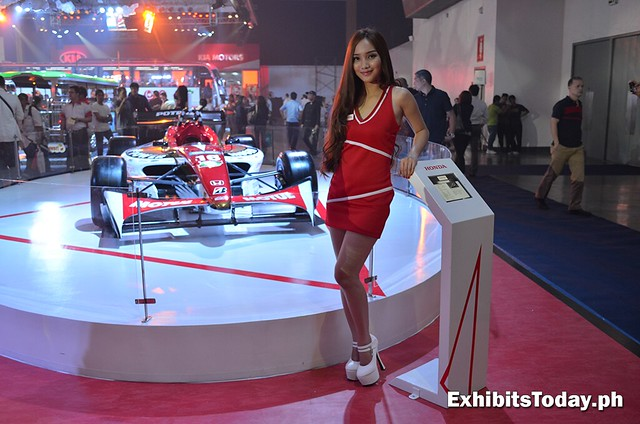Honda Concept Car with cute chic model