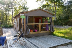 outdoor structure, hut, shack, cottage, gazebo, shed,