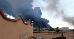 سقوط طائرة حربية ليبية في مدينة طبرق
