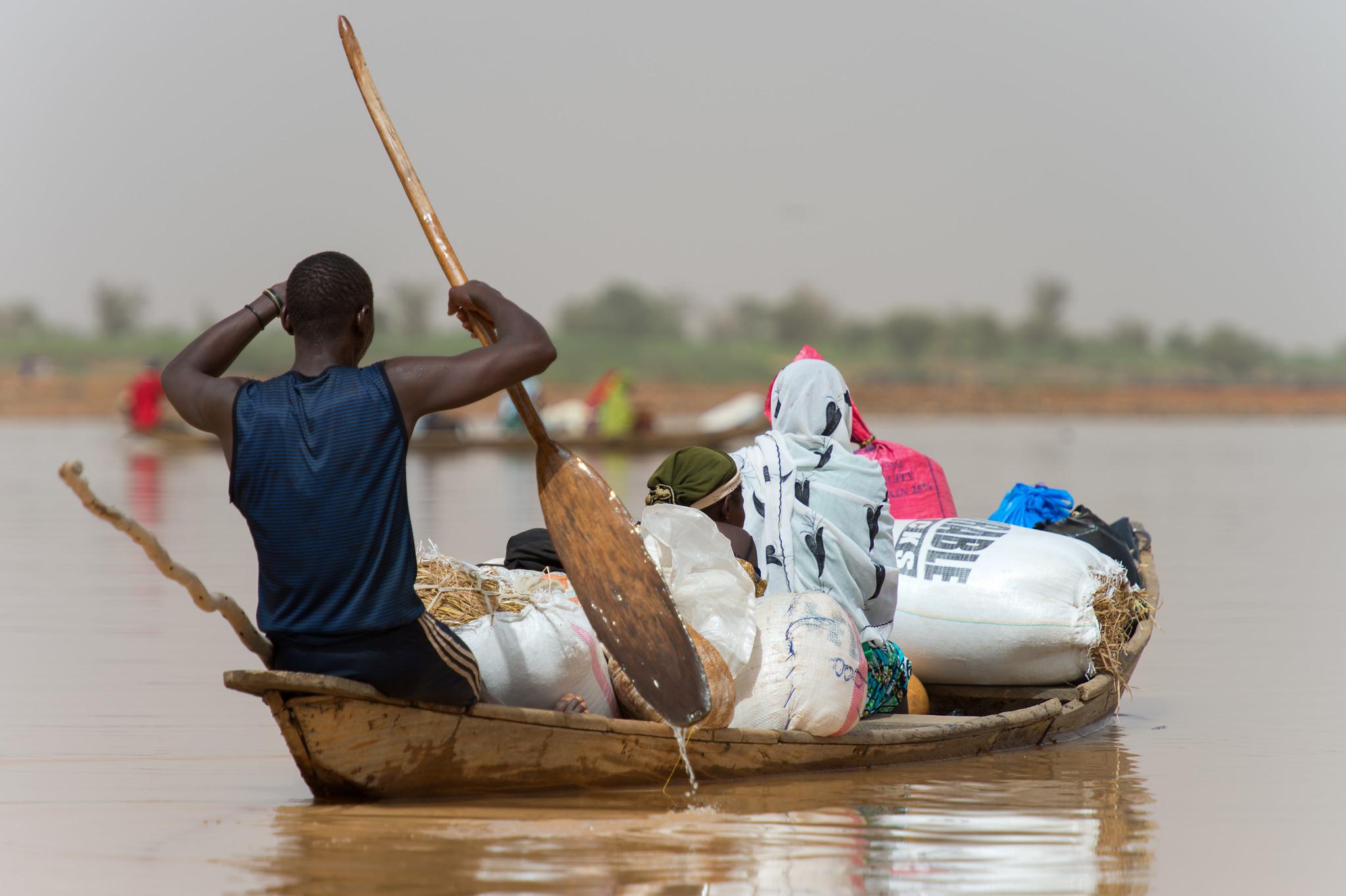 Niger Pirogue