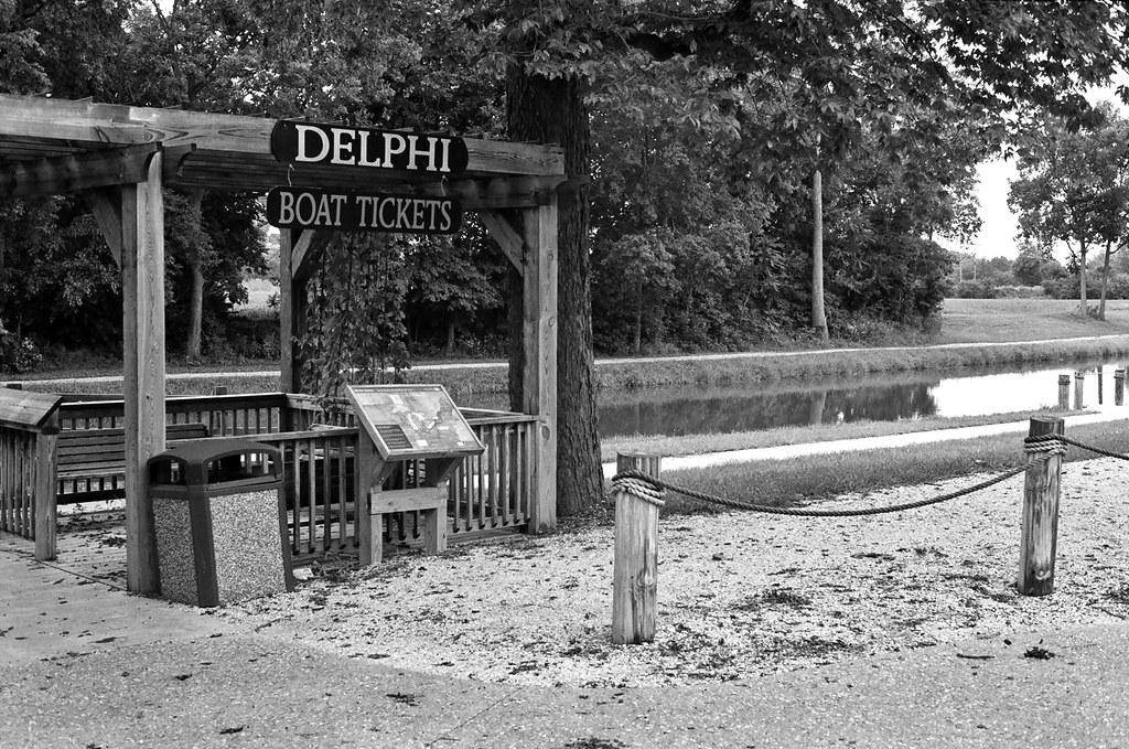 Delphi boat rental