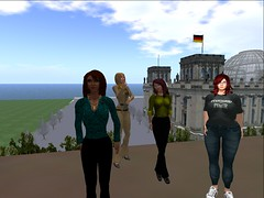 2014-06-05 Metaverse Tour with Serene Jewell 16: Metropolis
