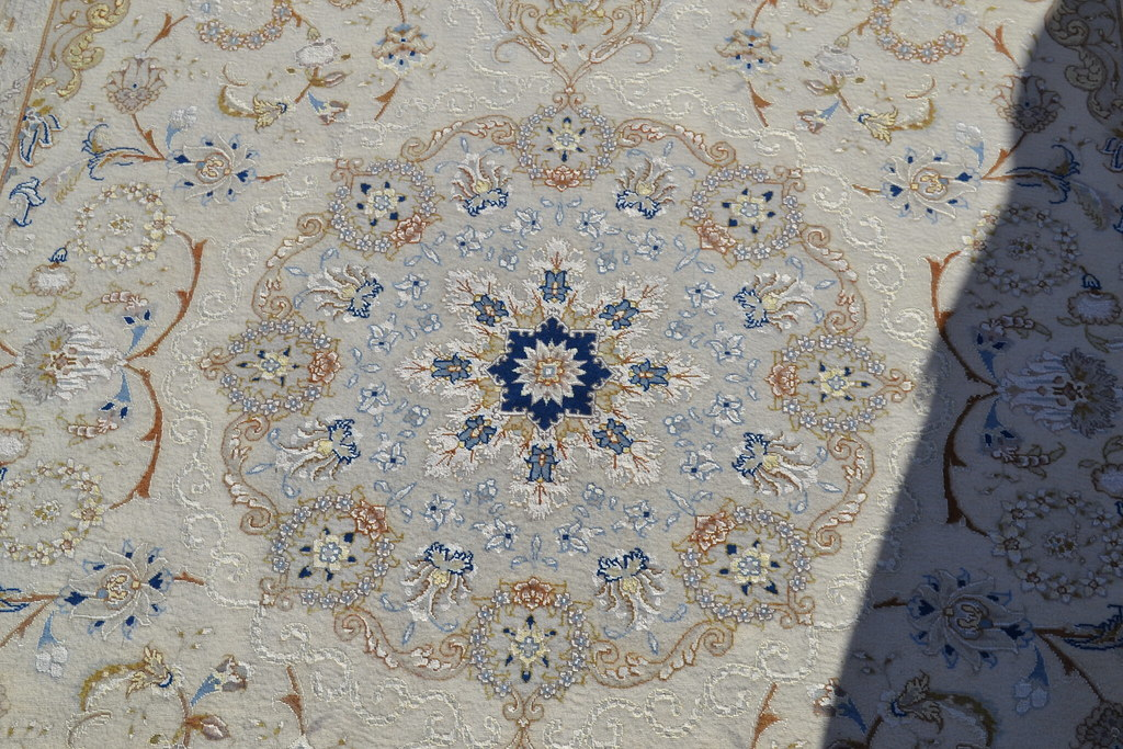 Tabriz Isfahan Pattern Pardeh persian Rug