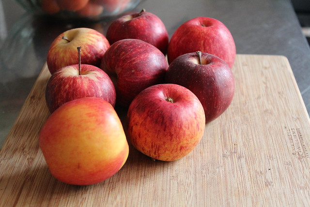 Apples: Jazz, Royal Gala & Red Delicious