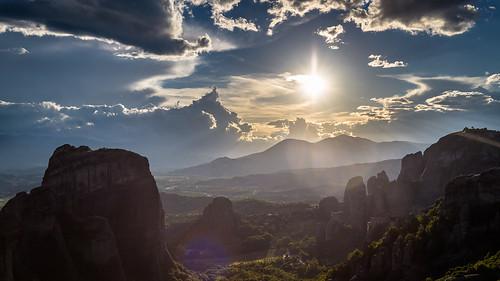 sunset summer sky sun green yellow rock zeiss forest 35mm canon air greece monastery heavens pillars meteors meteora 6d kalambaka mountanis trikala thessaly meteoron metéora distagon352ze cakper thessaliastereaellada