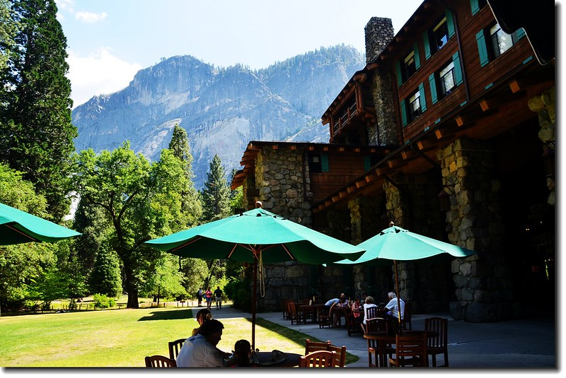 The Ahwahnee Hotel 1