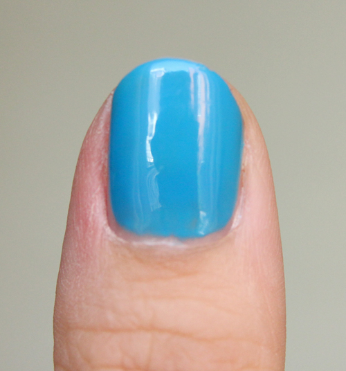 Essie strut your stuff3