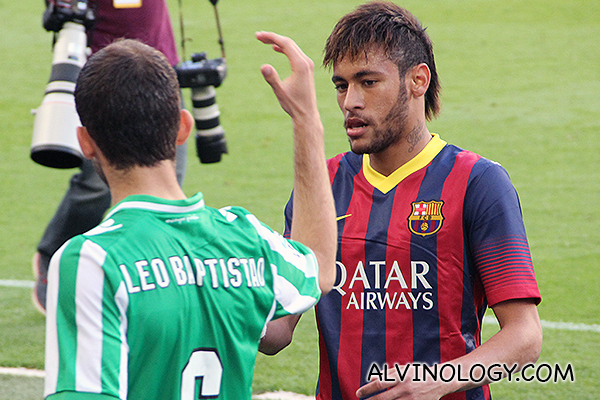 Neymar with a Real Betis player