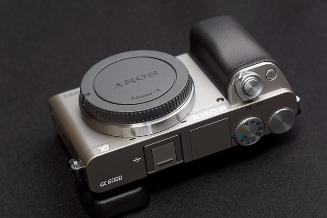 α6000 Silver