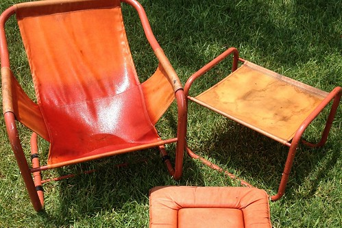 How To Dye Sun Faded Patio Furniture Ilovetocreate