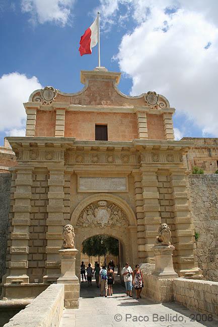 Entrada a Mdina. © Paco Bellido, 2008
