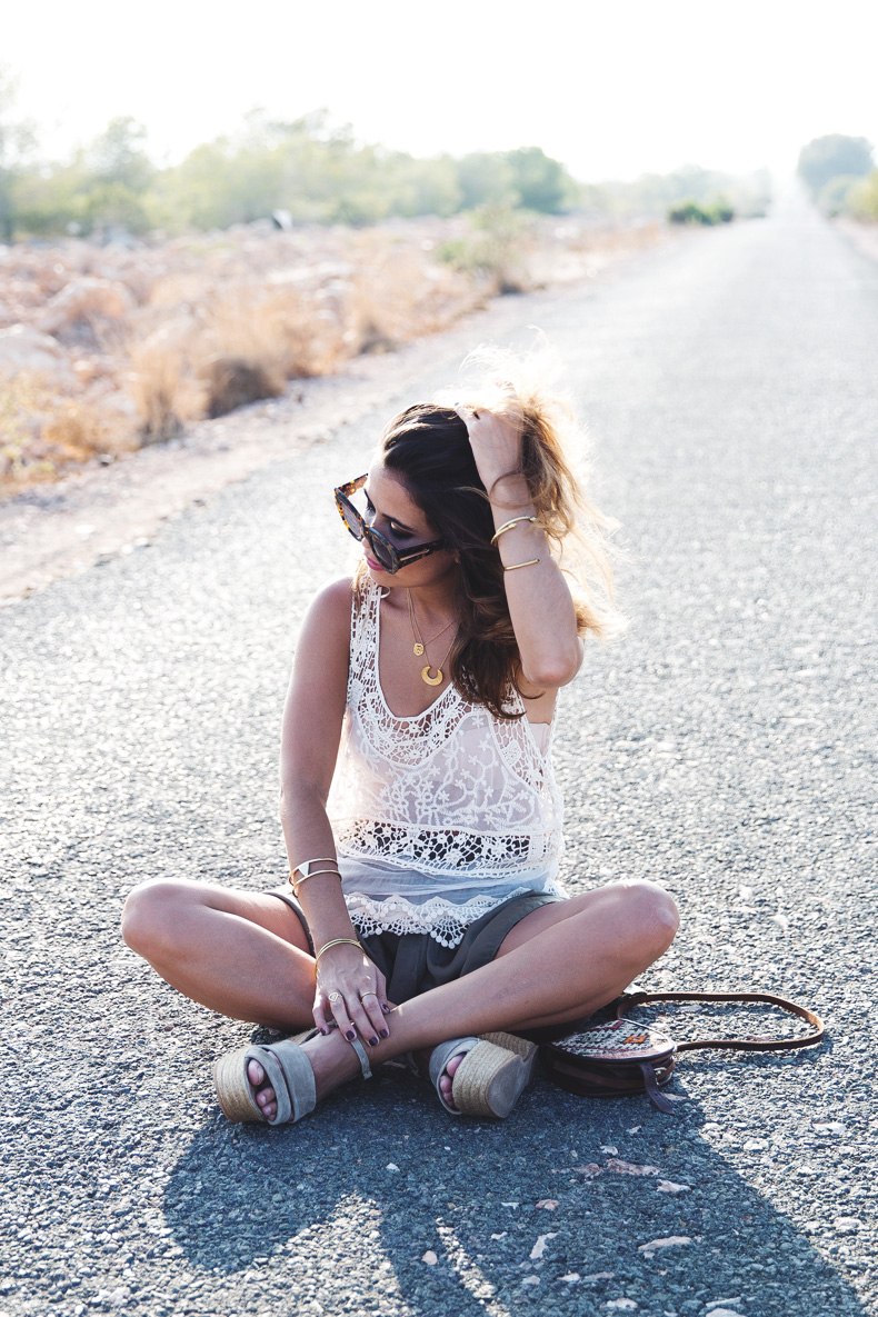 Festival_Outfit-Crochet_Top-Summer-Outfit-Collage_Vintage-23