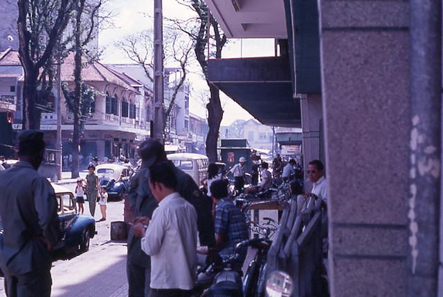 SAIGON 1968 - Đường Nguyễn Văn Thinh