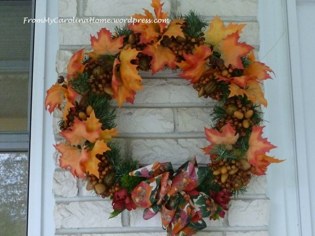 Fall wreath close